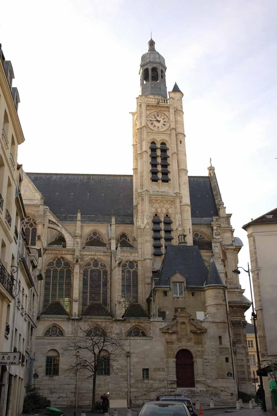 Le clocher de l'église