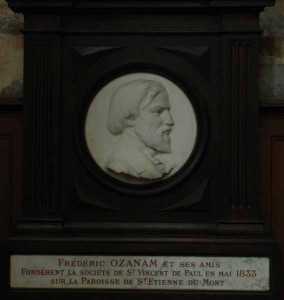 Médaillon à l'effigie de Frédéric Ozanam - Medallion with effigy of Frédéric Ozanam
