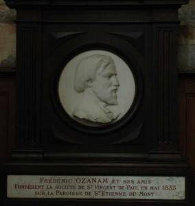 Médaillon à l'effigie de Frédéric Ozanam